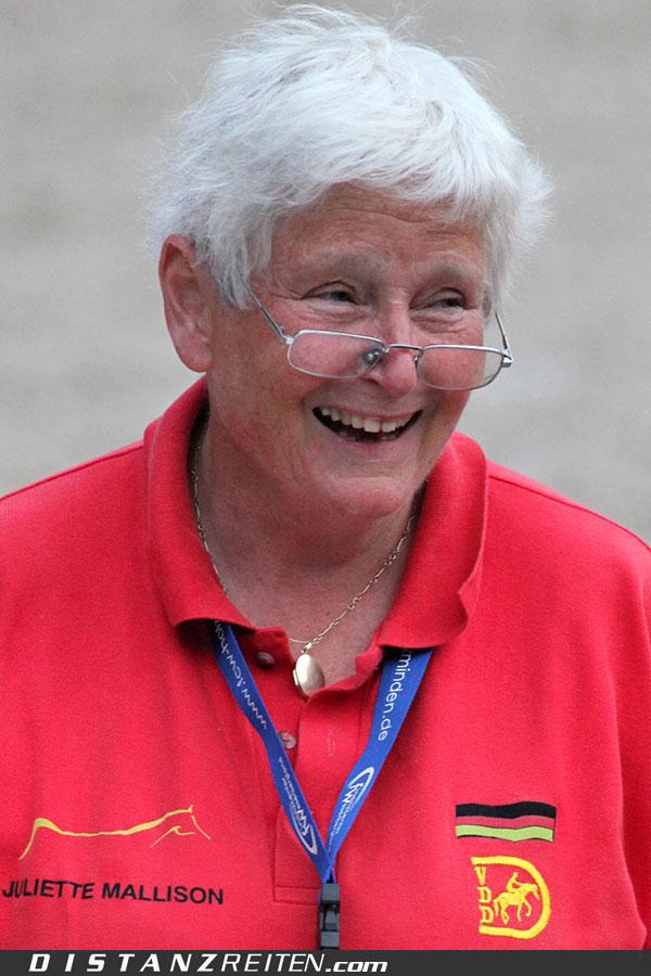 Dr. Juliette Mallison 2011 auf der Deutschen Meisterschaft im Distanzreiten Nörten-Hardenberg, Foto: Christian Lüke