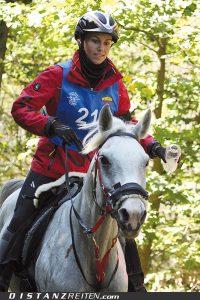 Jugend-Europameisterschaft Mont le Soie 2012: Top in Form: Sabrina Birmele und Eurazia du Vallois. Foto: Victoria Oldenburg