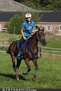Jugend-Europameisterschaft Mont le Soie 2012: Die neue Europameisterin: Mara Feola mit Grigali aus Italien. Foto: Victoria Oldenburg