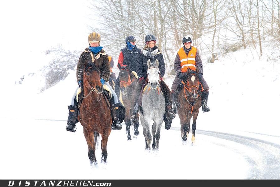 Winterliches Schneetreiben auf der 2. Trans Alb, Foto: Sabine Schirmer